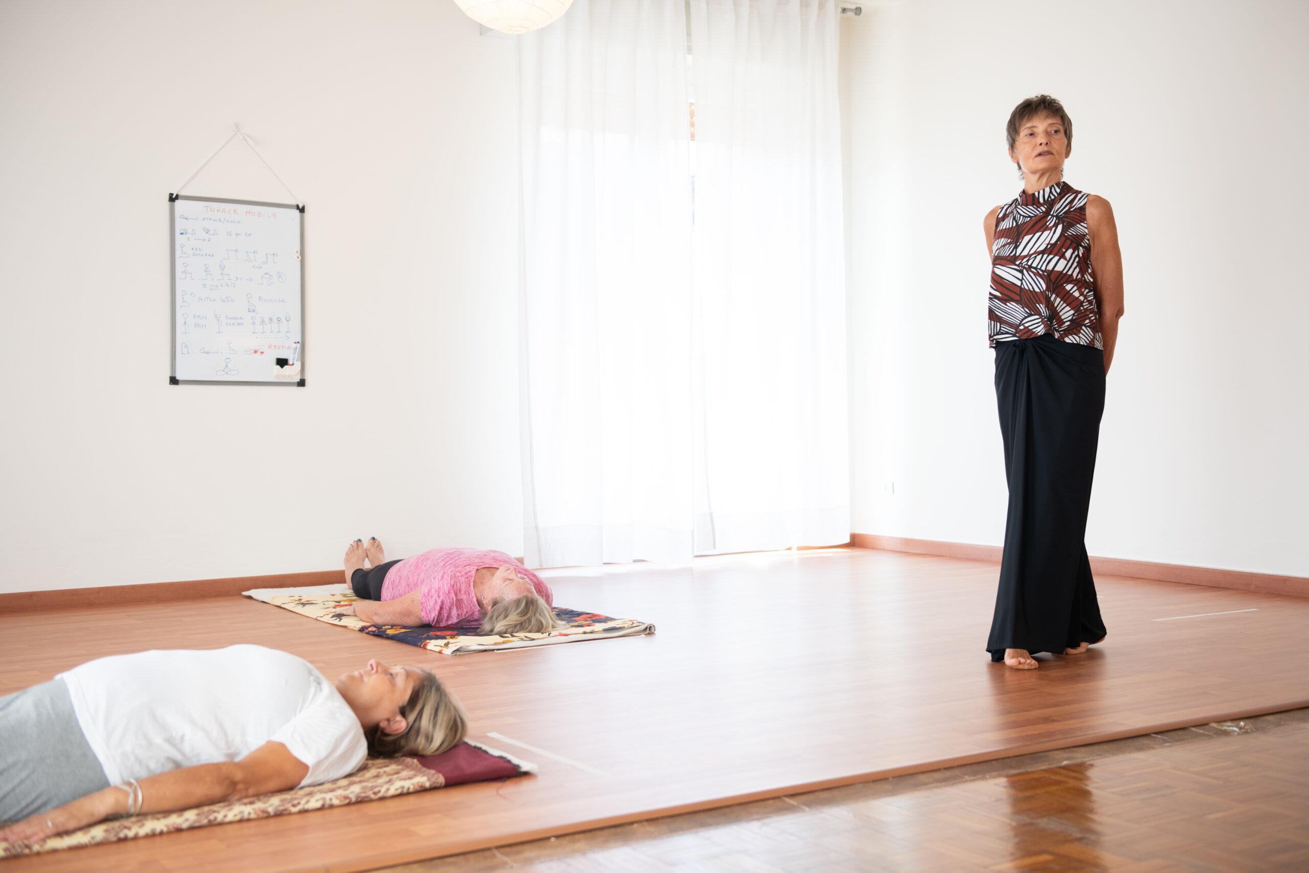 lezione di yoga gratuita brescia